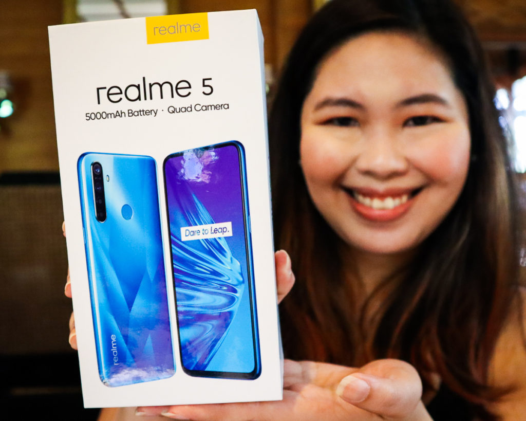 realme 5 Unboxing at the realme Davao Media Event.